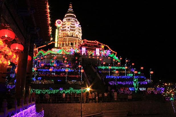 kek-lok-si-tempel-penang-chinees-nieuwjaar-1