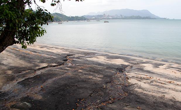 black-sand-beach-langkawi-5