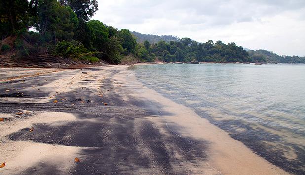 black-sand-beach-langkawi-6