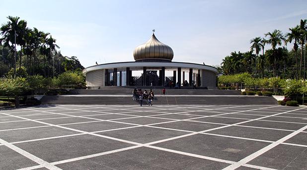 nationaal-monument-kuala-lumpur-3