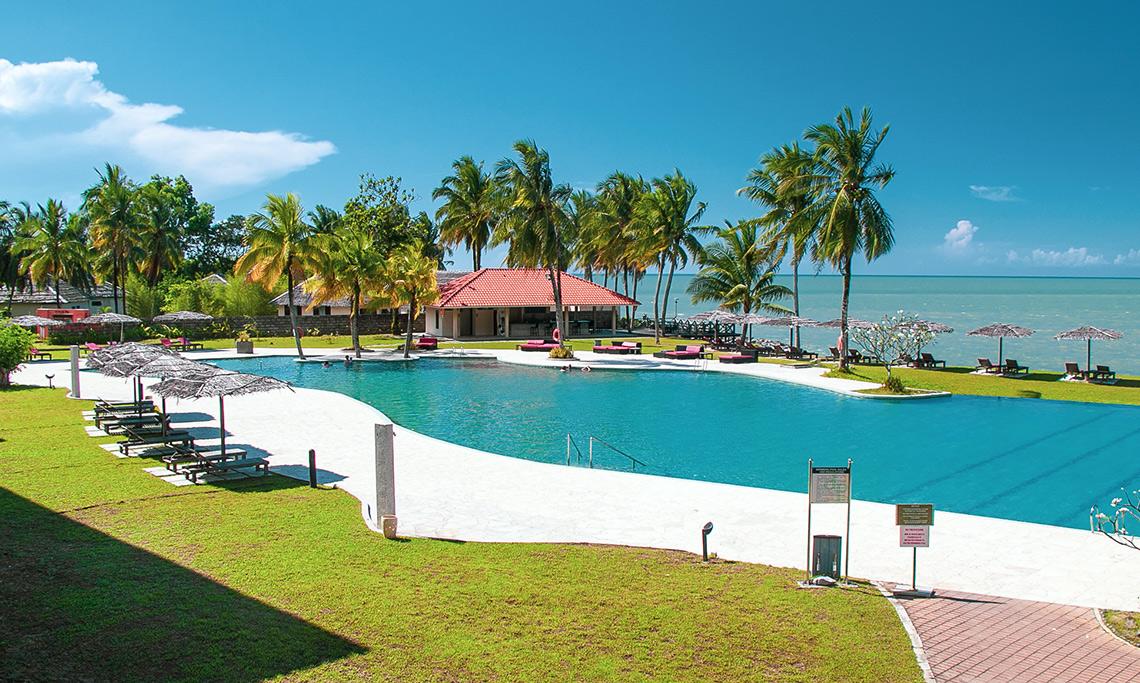 Damai Puri Resort Zwembad
