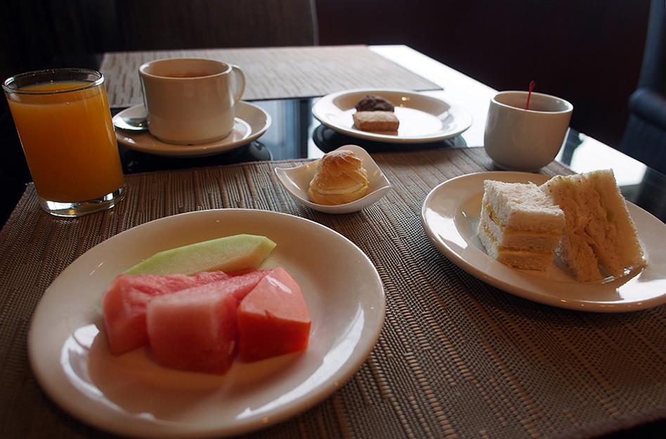 Simpel ontbijt in Novotel KL